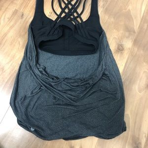 Lulu tank with sports bra attached size 4